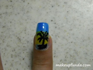 Nail Art On the Beach Step 5