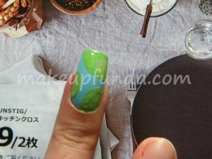 Nail Art Rain Drops Step 3